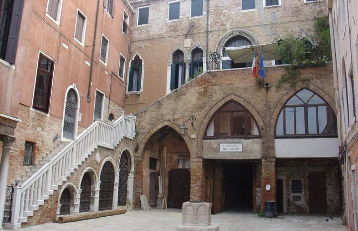 One of the most beautiful places of Venice, Campiello del Remer