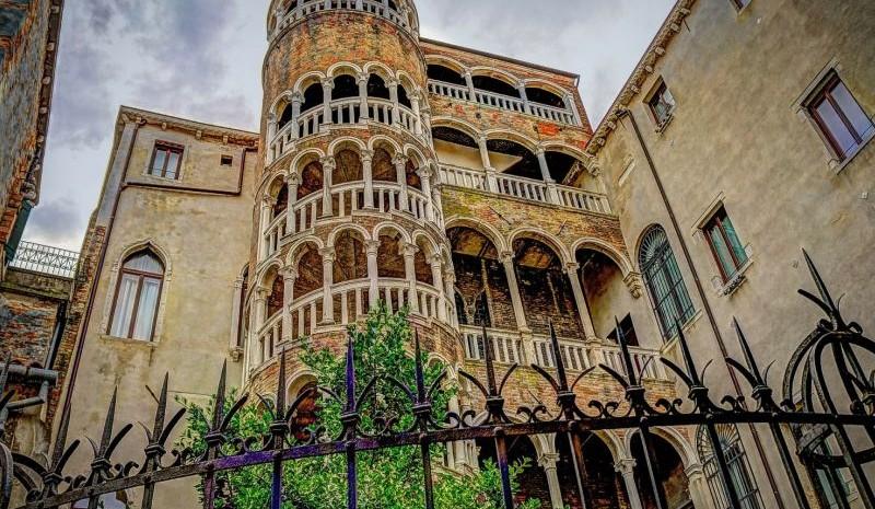 Scala Contarini del Bovolo, Venice hidden gem